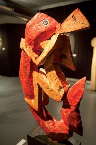 Tilmann-Röhner-Fischliebe-60x110-cm-2013-Skulptur-Esche